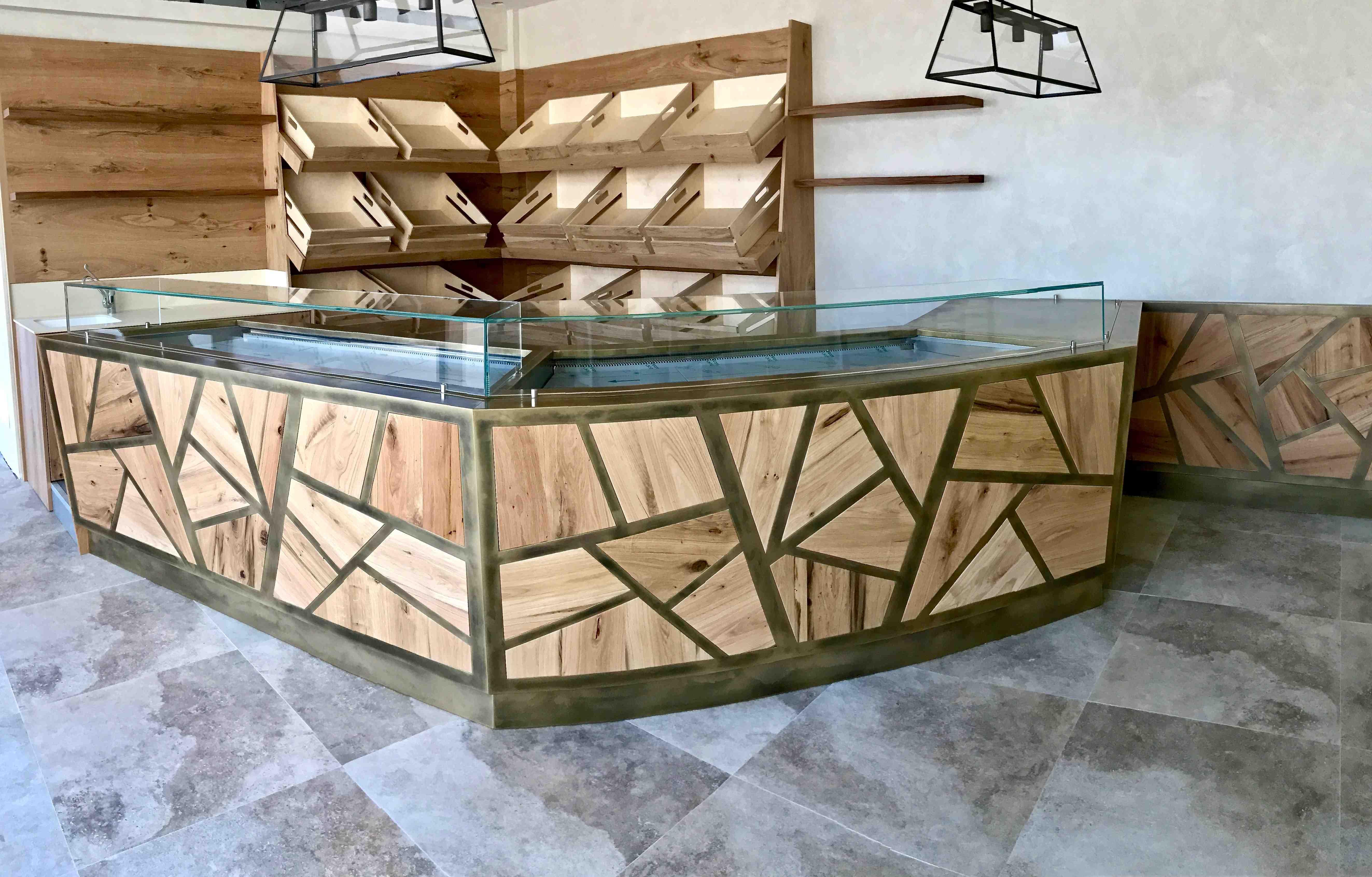 Lido fatto in legno di bricola di recupero il bancone - Arte bagno veneta quarto d altino ...