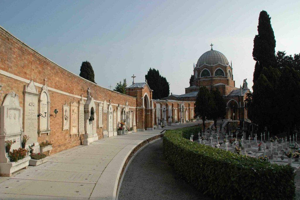 Cimiteri: da lunedì a Venezia disponibili 710 nuovi loculi. A Mestre via a lavori per 500mila euro