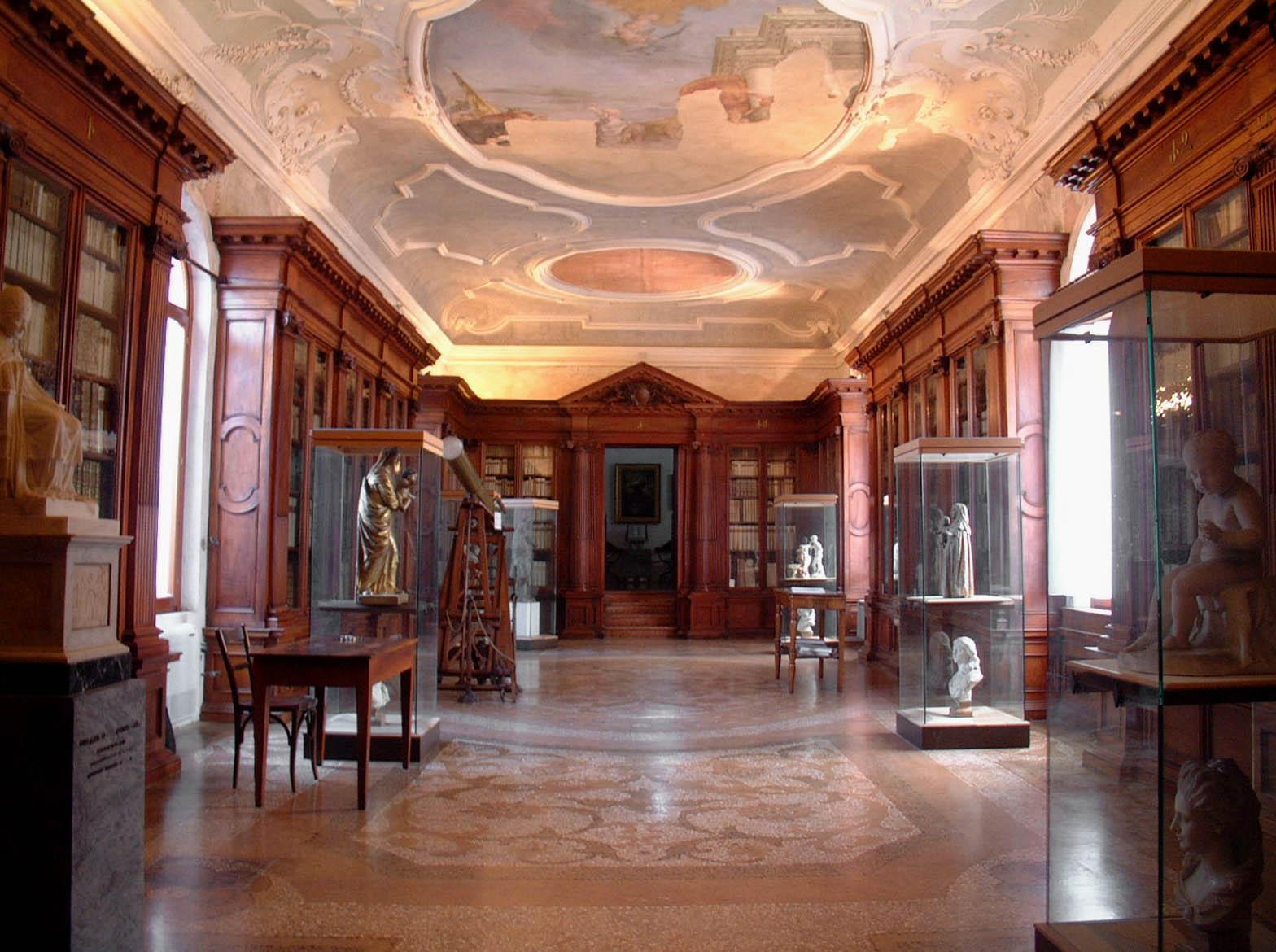 mechitar-Biblioteca-monumentale.jpg